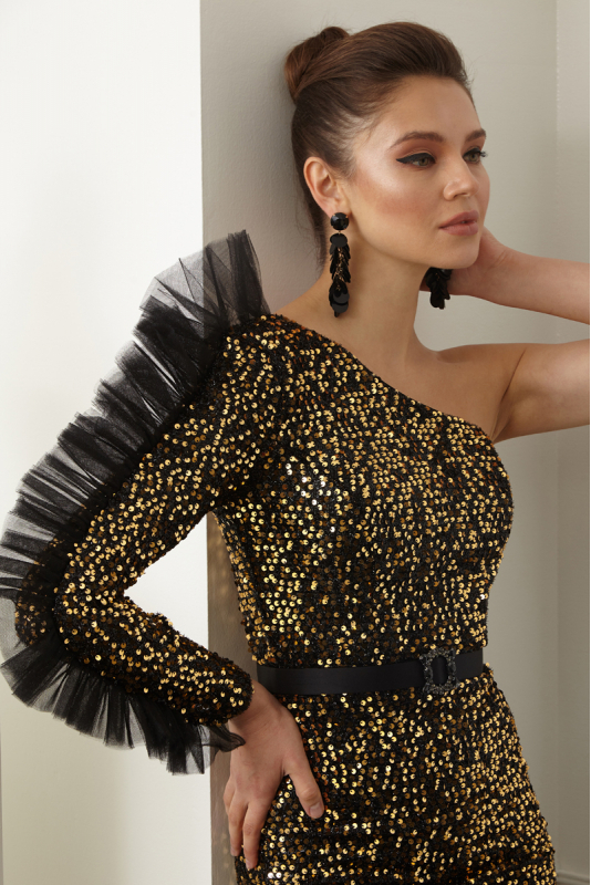 Gold sequined sequined single sleeve maxi dress