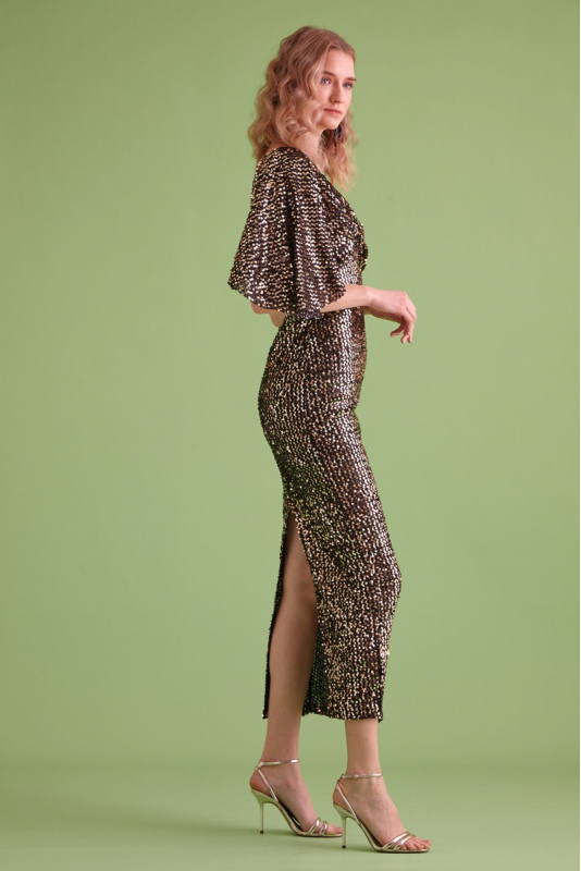 Gold sequined sequined short sleeve maxi dress